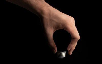 Abril de 2021, data clau per a un nou càlcul del preu de l'electricitat