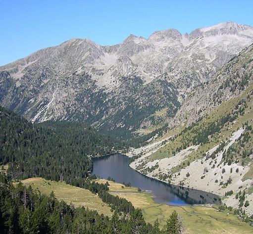 Estany Llong, Alta Ribagorça. Foto Viquipèdia.